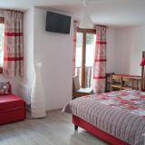 Commerces 40 pièces / 1250 m² / 740 000 € / SELONNET